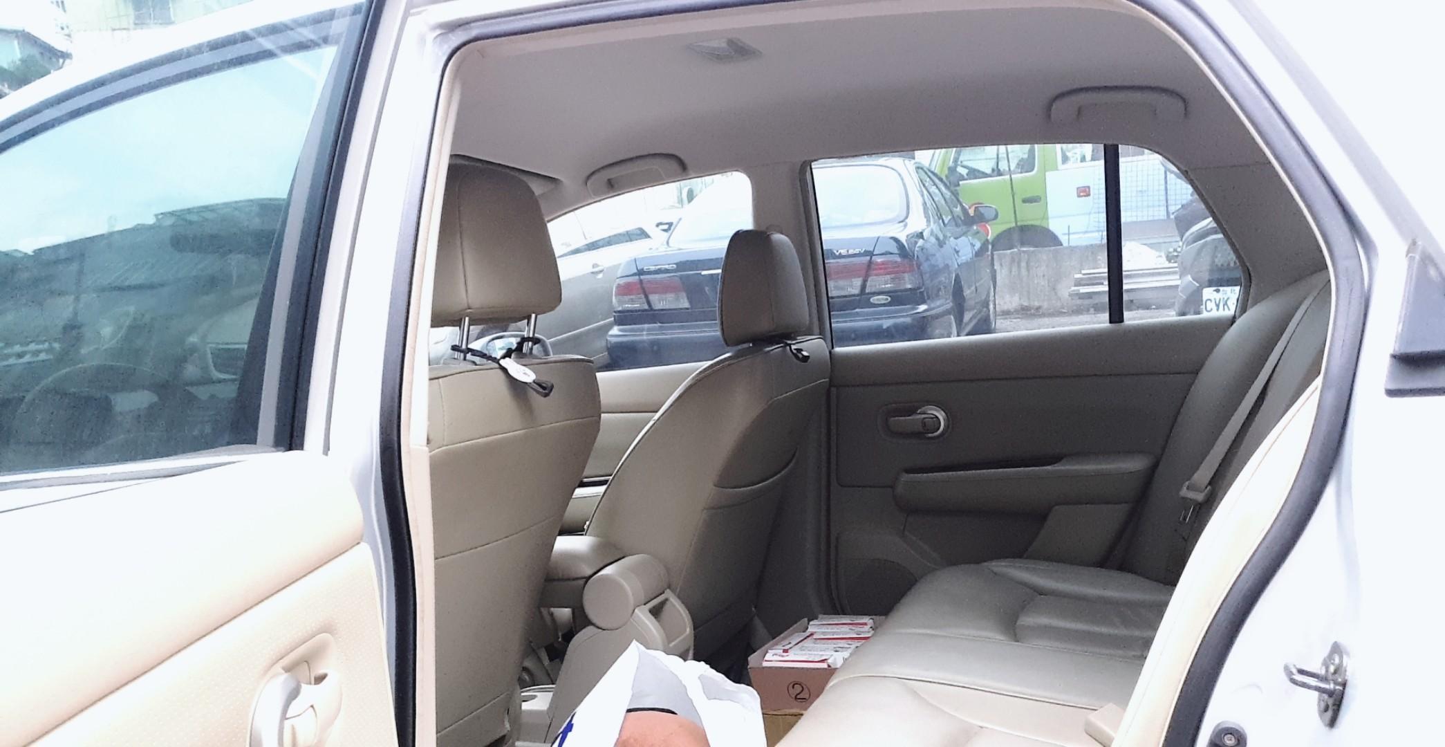 『自售』tiida四門豪華版ikey 2006女用車(誠可議)
