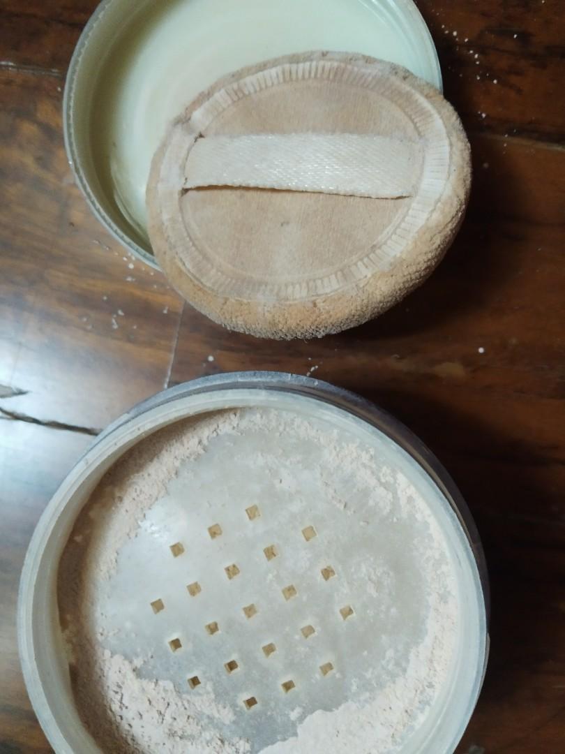 Ultima loose translucent face powder