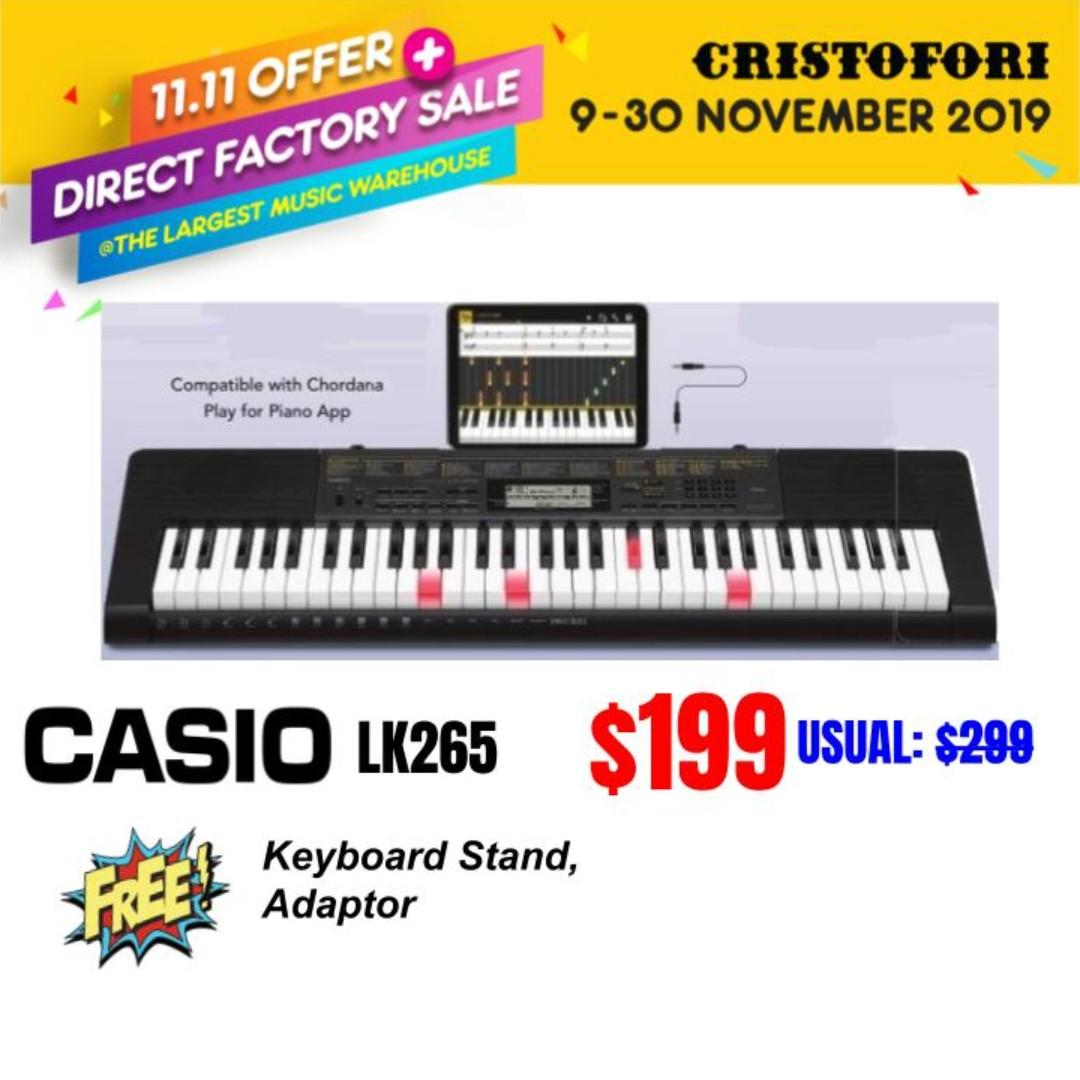 CASIO Lighted Keyboard - 61 key piano style touch sensitive keyboard