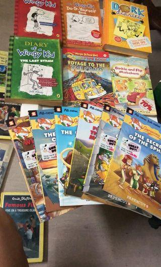 Asssorted high quality children's books. Total 39 books
