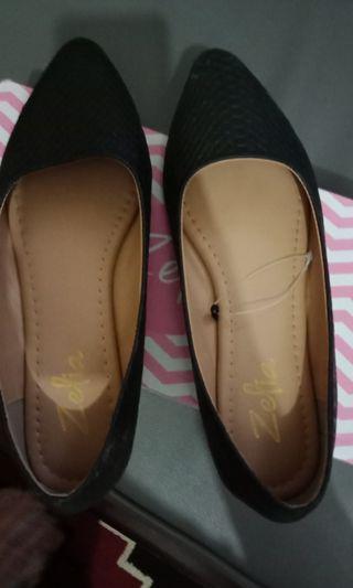 zelia flat shoes