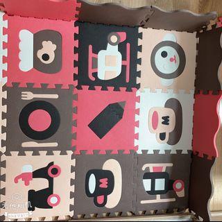 (9成新,高雄面交)寶寶安全爬行 圍欄地墊 25片組 巧拼 圍欄 軟墊 拼圖 兒童 遊戲地墊 寶寶爬行墊