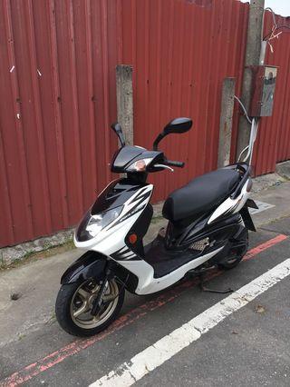 Yamaha 新勁戰 飛旋踏板 五期噴射引擎