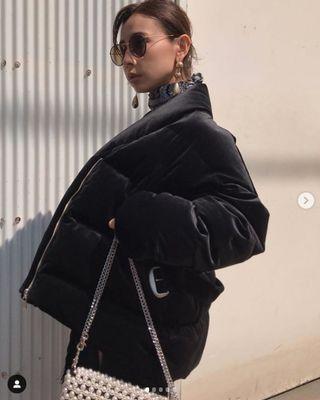(🇯🇵日本代購)日幣¥32,560円【AMERI】代官山知名品牌夢幻逸品霧面光澤高級質感腰帶黑羽絨衣外套