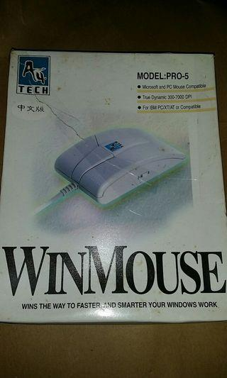 com1 滑鼠