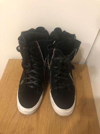 38 毛茸茸高筒靴