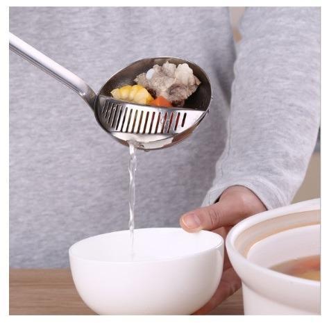 朵拉媽咪【全新現貨】火鍋湯匙 火鍋漏勺 大漏勺 廚房用具 不鏽鋼湯勺 不銹鋼 瀝水勺 瀝勺 湯勺 湯匙 勺子