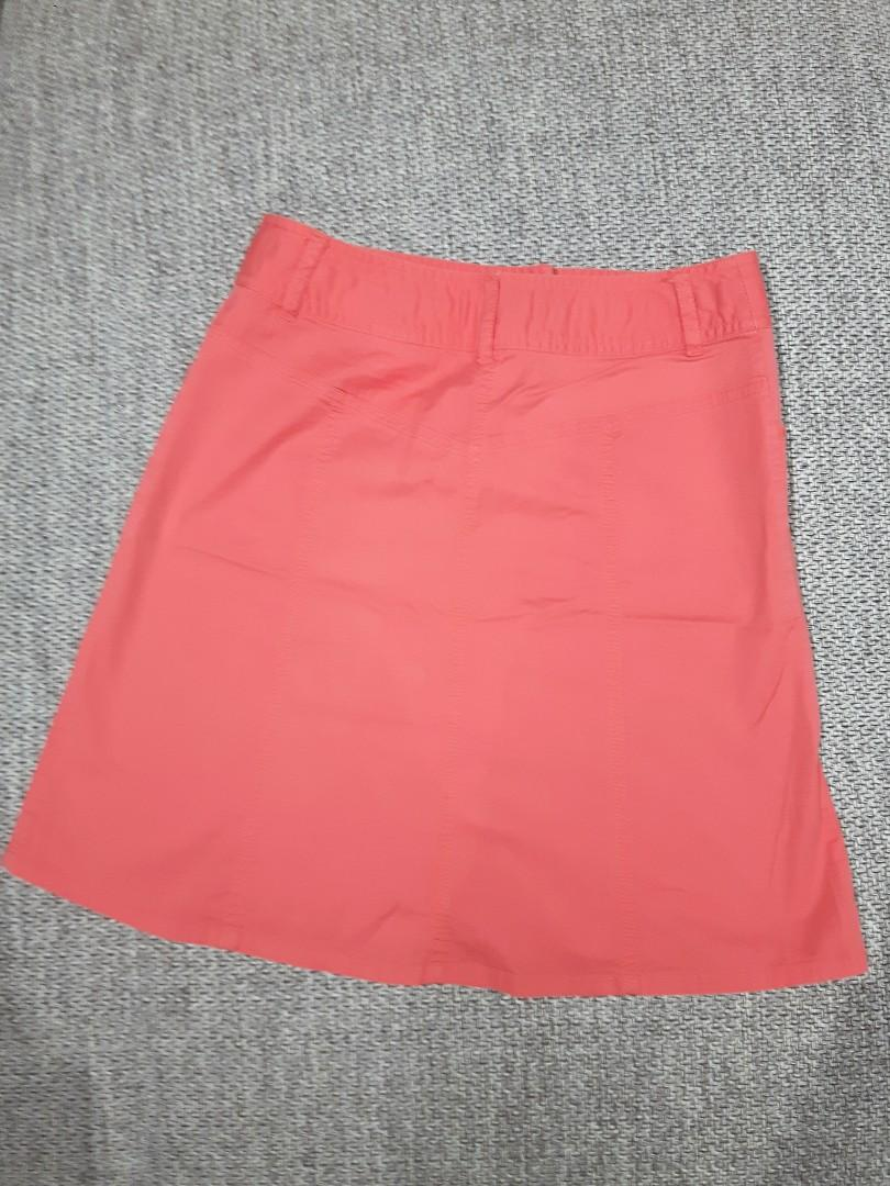 A-LINE COTTON SKIRT SIZE 4 (Good length just above the knee)