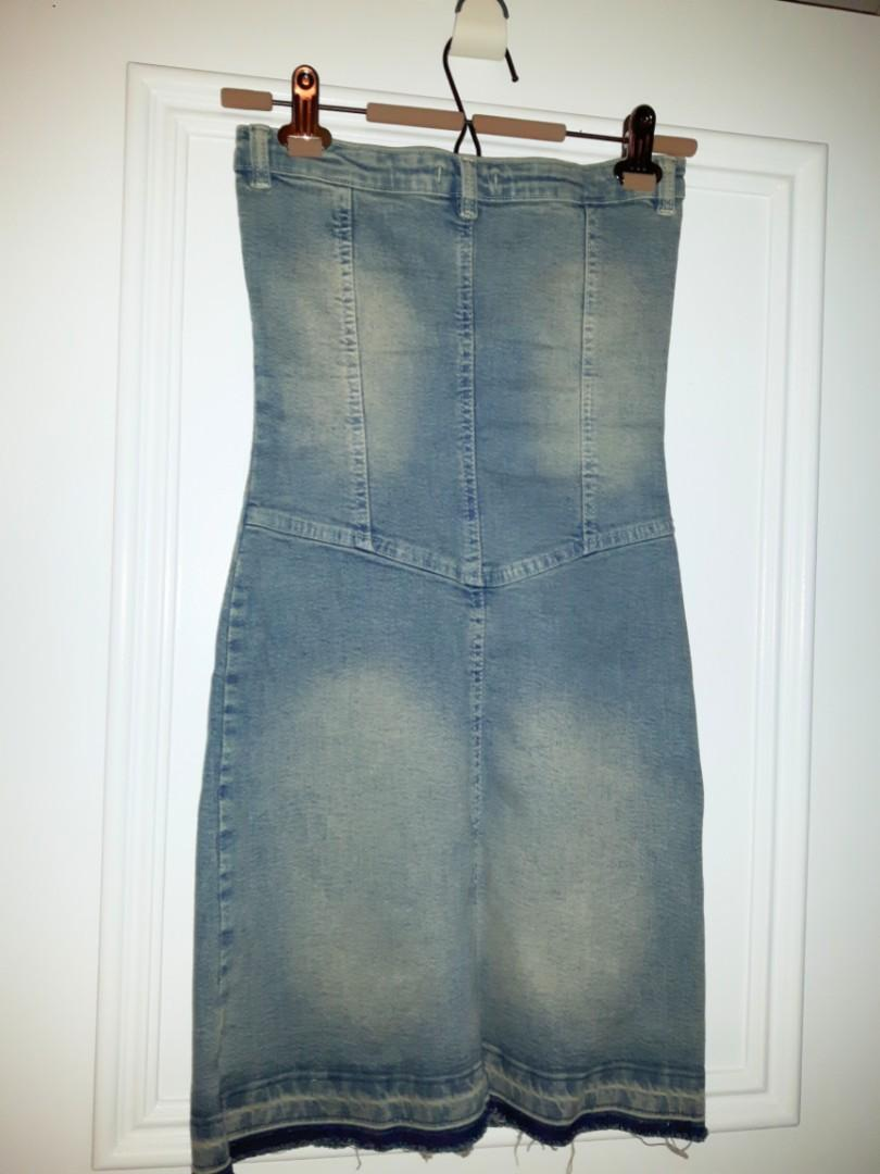 Bodycon Jean Dress with sweetheart butt silhouette Size Xs (Size 3)