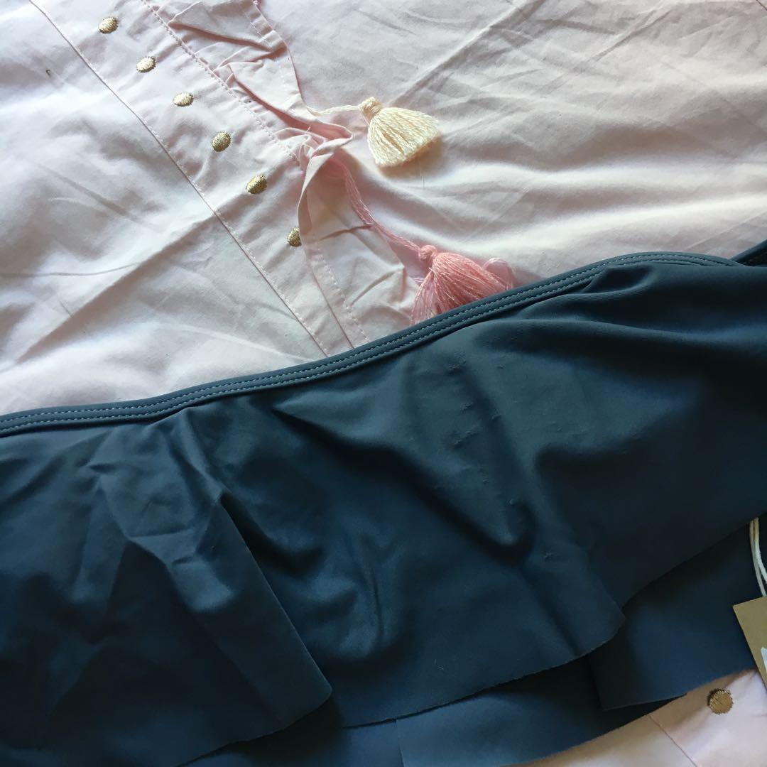 Brand New with Tags   Blue Glassons Bikini Top   Size 10