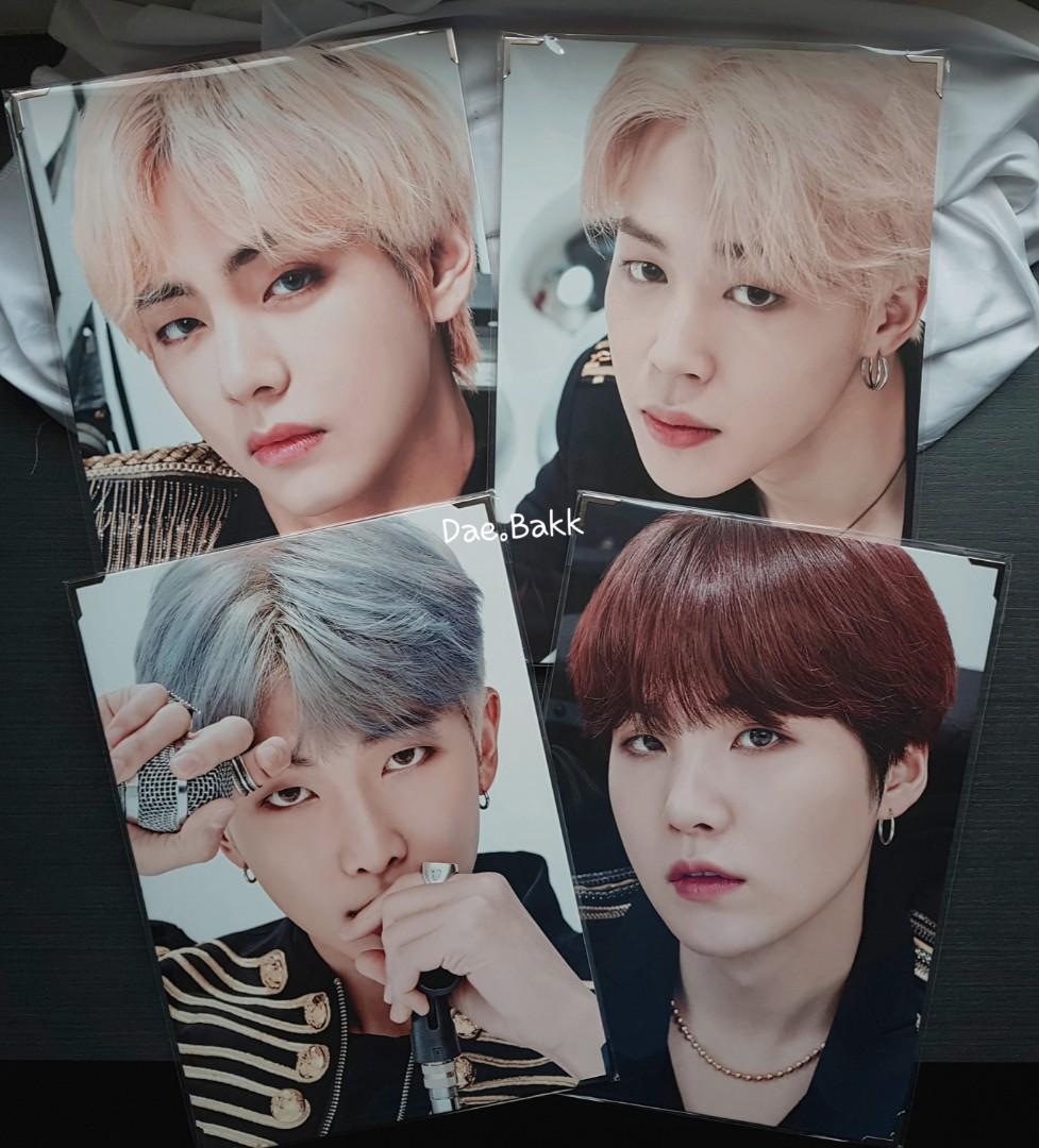 BTS Official MD - BTS Speak Yourself Premium Photo