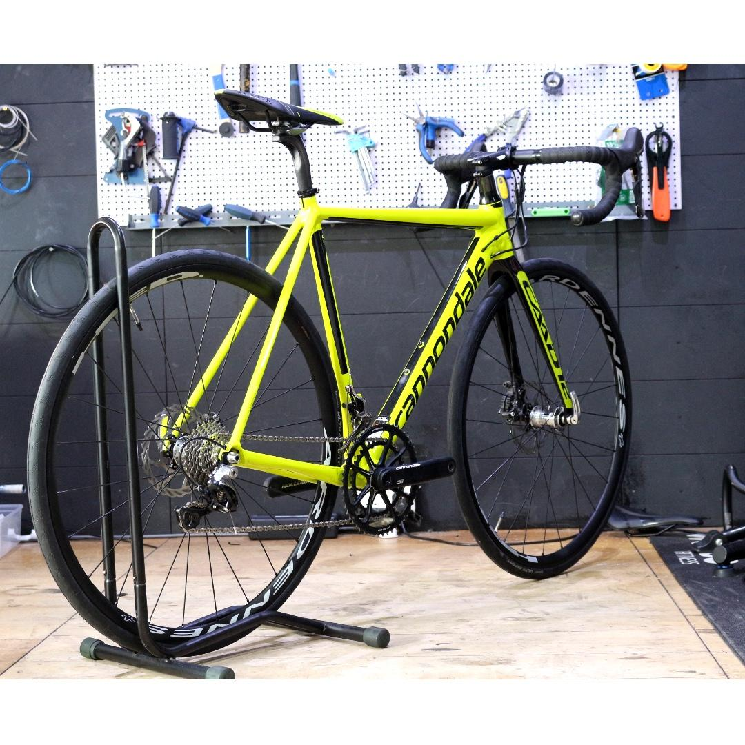 Cannondale Caad 12 Disc - Road Bike