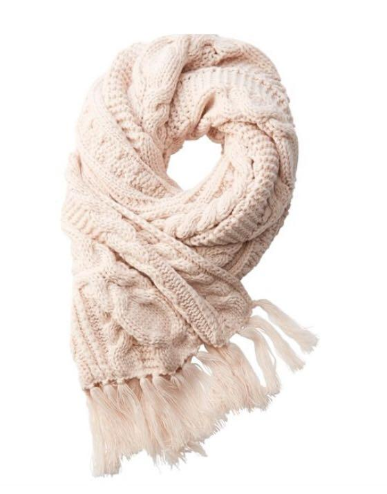 Indigo LOVE AND LORE NORTHERN CABLE-KNIT SCARF IVORY