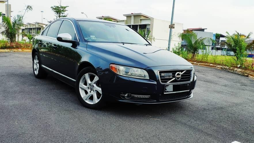 *KERETA SINGAPORE*🇸🇬🇸🇬🇸🇬 *JOIN GROUP WASAP 18👇 https://chat.whatsapp.com/HeqUXqxoInsHZWQJxr7J7P  Volvo s80 turbo auto 3.0cc 300hp year 2011 T6 R design 4 wheel drive good condition  JB *RM 7 500*  Wasap.my/60126373536 *WANT SELL BACK YOUR SCRAP CAR