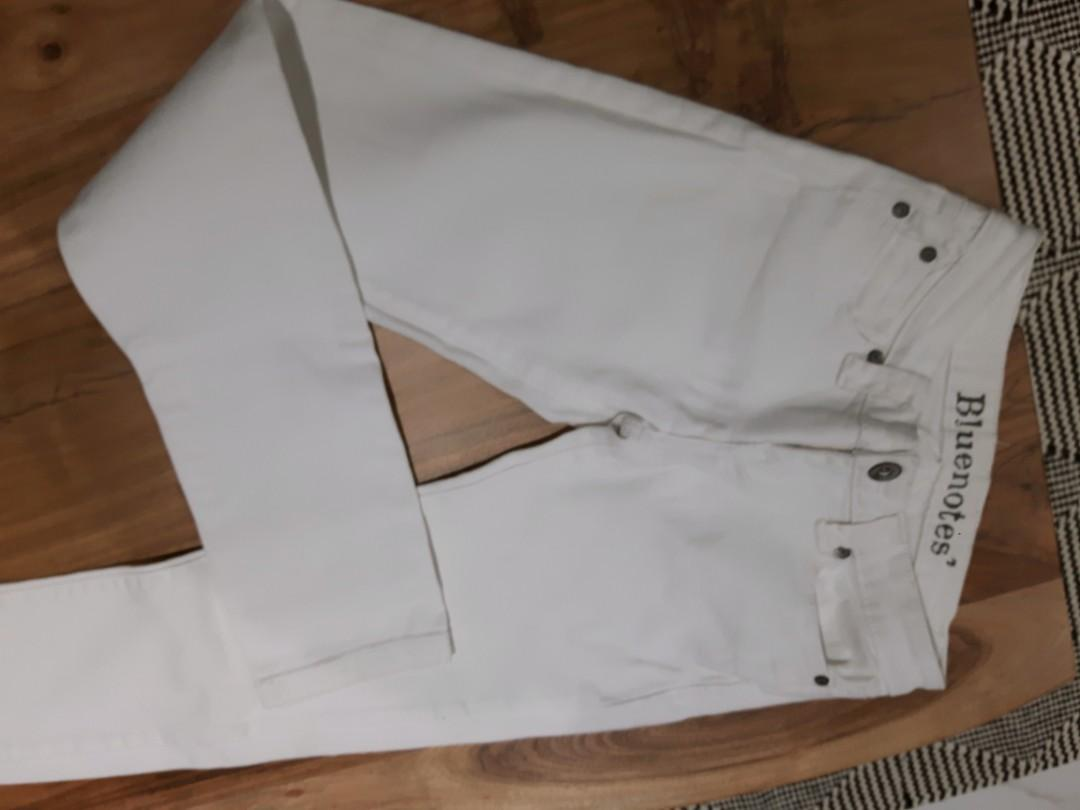 LOW WAIST OFF WHITE COTTON JEANS size 25 skinny Mint Condition