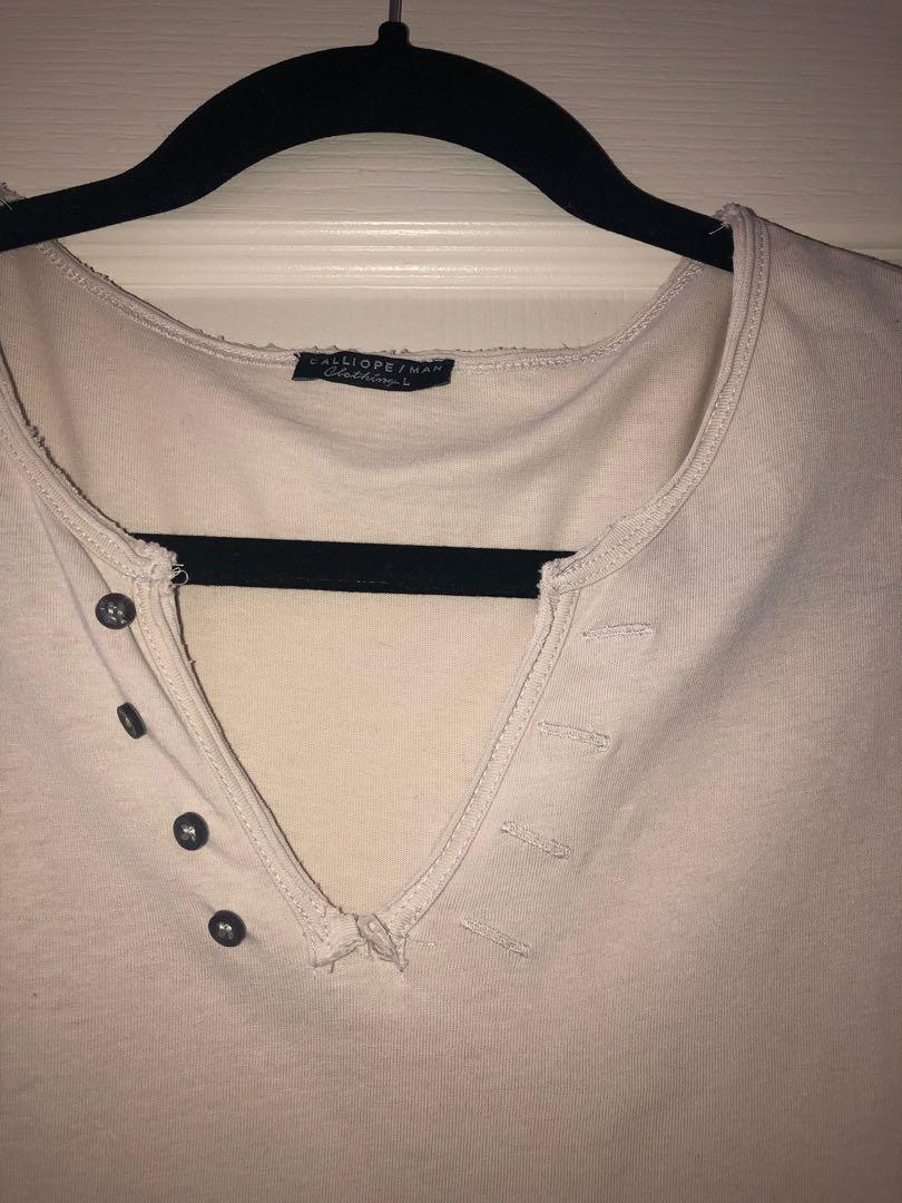 New Without Tags Italian Brand Mens Tee (Calliope Man)
