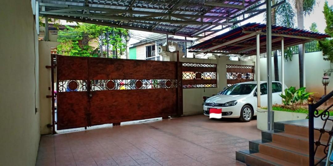 Rumah Mewah Kokoh & Lokasi Strategis di Pinang Ranti