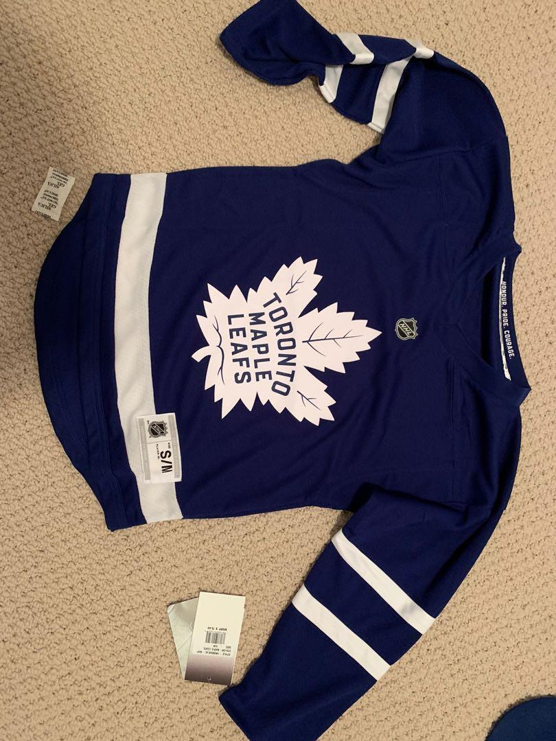 Youth size small Toronto Maple Leafs Jersey $55 or P/U for $45