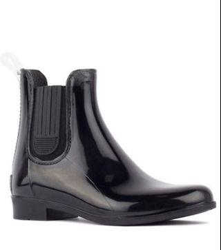 BLACK PATENT ANKLE RAIN BOOTS BRAND NEW