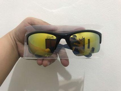Kacamata Sporty Sunglasses UV Uniqlo Ori Murah