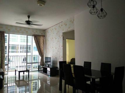 Greenfield / Tampoi / 3beds / fully / 1400 / house for rent