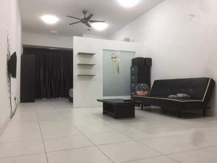 Akademik Suite / Mount Austin / studio / 1000 / fully / house for rent