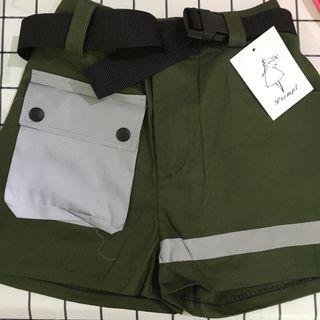Short Pants Army, Celana Pendek