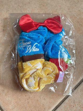 Disney Snow white Scrunchie