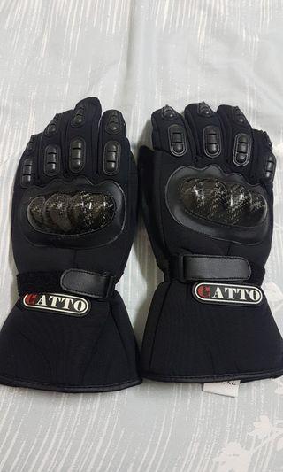 GATTO 碳纖維手套  不是水轉印  可議價