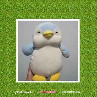 Boneka pinguin