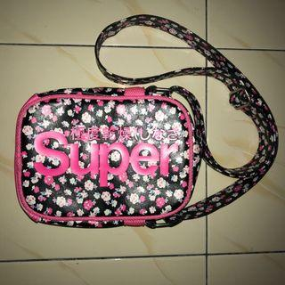 Authentic Superdry Festival Slingbag