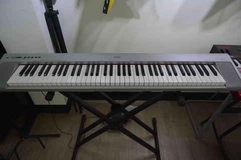 YAMAHA NP-30 76鍵 銀色 電鋼琴