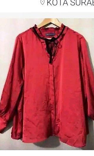 Atas Merah Silk (Mark & Spenser)