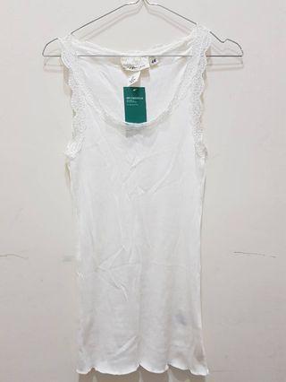 全新 吊牌未拆 H&M 100%專櫃購入 蕾絲背心白 彈性佳 size:S 市價399元