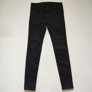 Uniqlo Skinny fit stretchable jeans 2 black