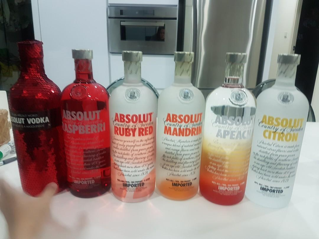 1 Litre Absolute Vodka with many different flavours