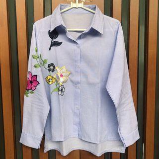 Kemeja Strip Blue Flower