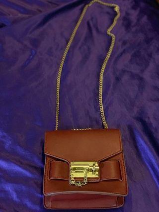 Hardware Chain Sling Bag