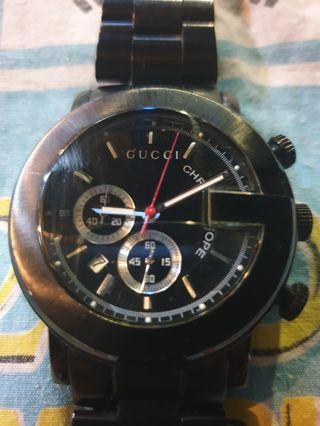Gucci stainless steel quartz chrono watch
