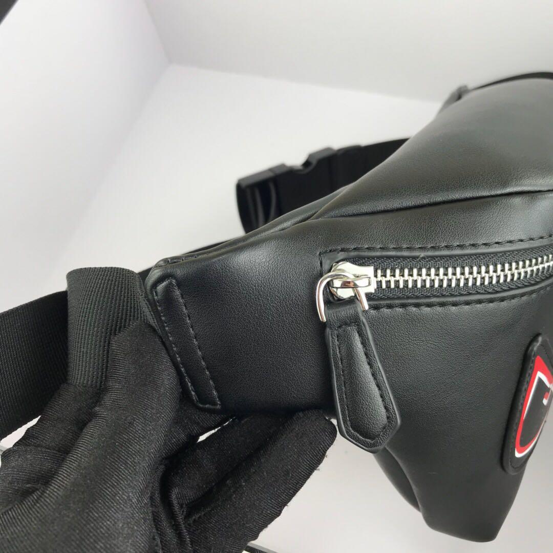 🅕🅔🅝🅓🅘 Beltbag  Black Color