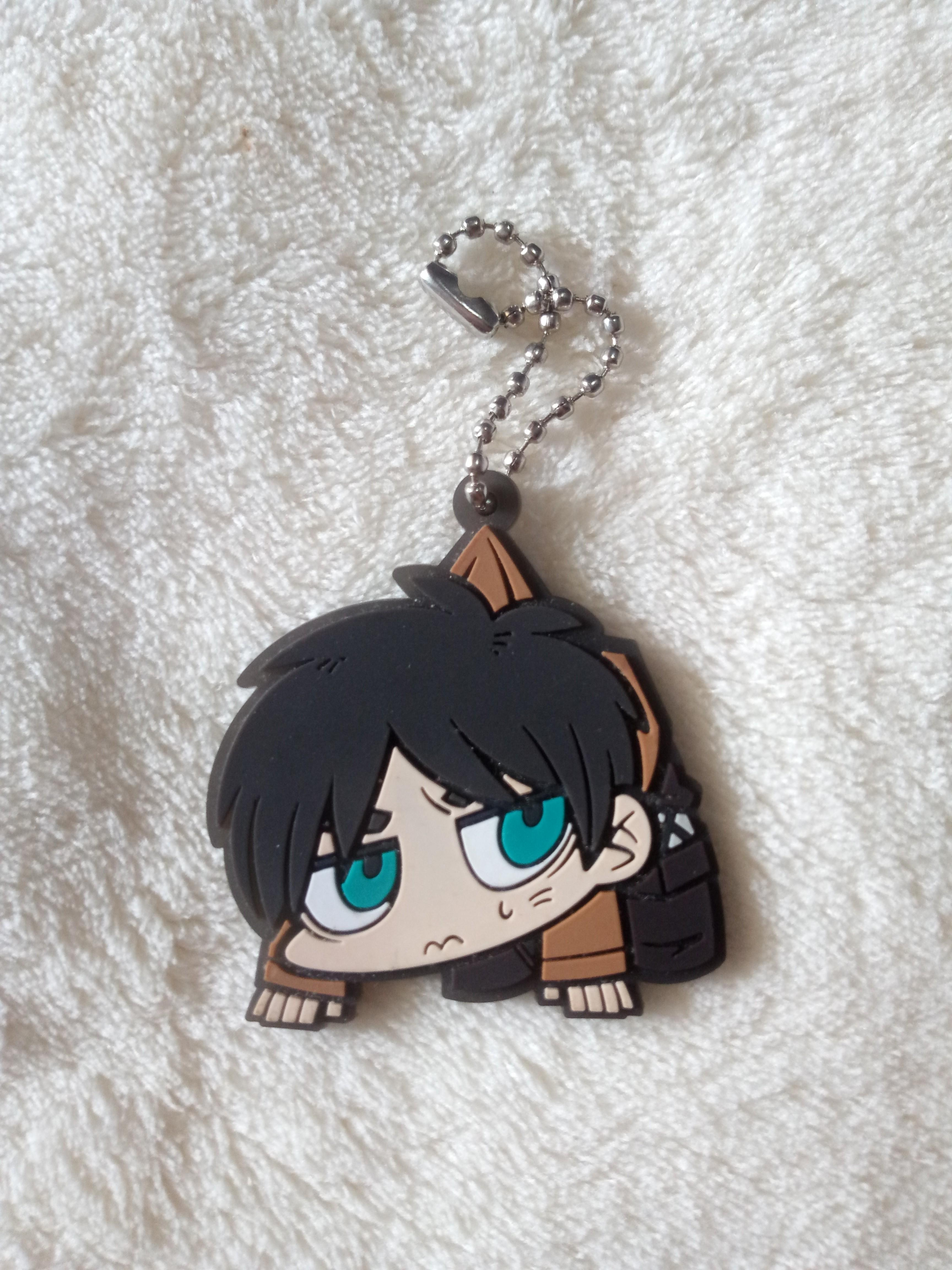 Anime Attack on Titan Shingeki no Kyojin keychain set