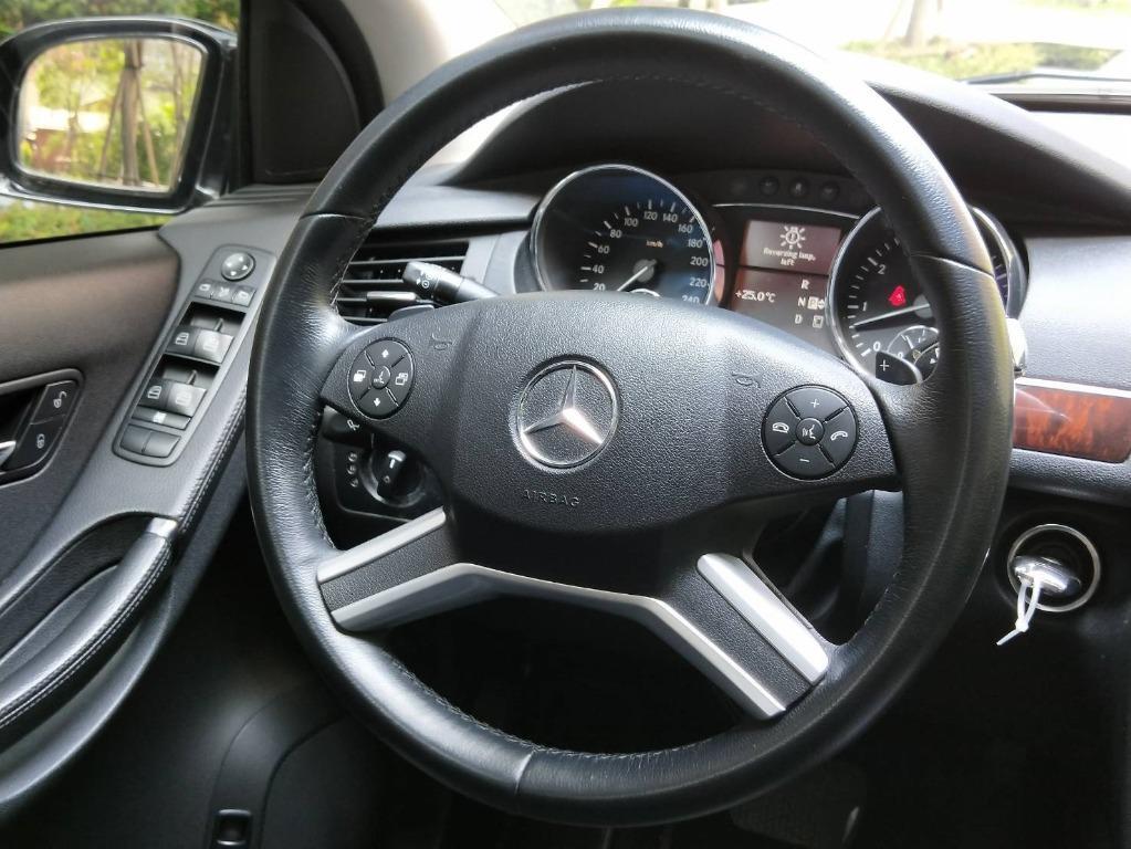 BENZ R350 高級六人座休旅車 電動天窗 換檔快撥 電動座椅 恆溫空調 定速 防滑 倒車雷達
