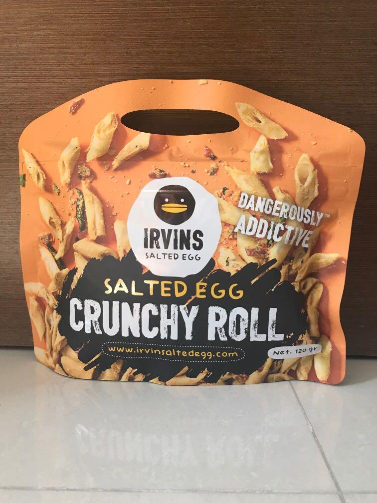 BN Irvins Salted Egg Crunchy Roll