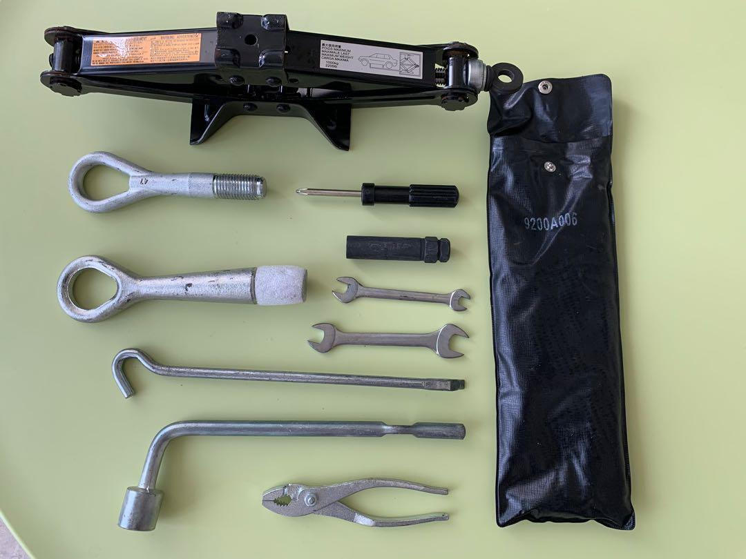 Car Jack and Tool kit