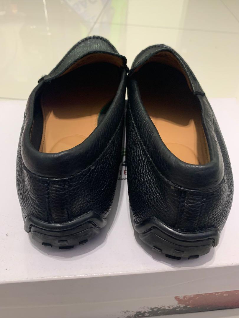 Clark loafer