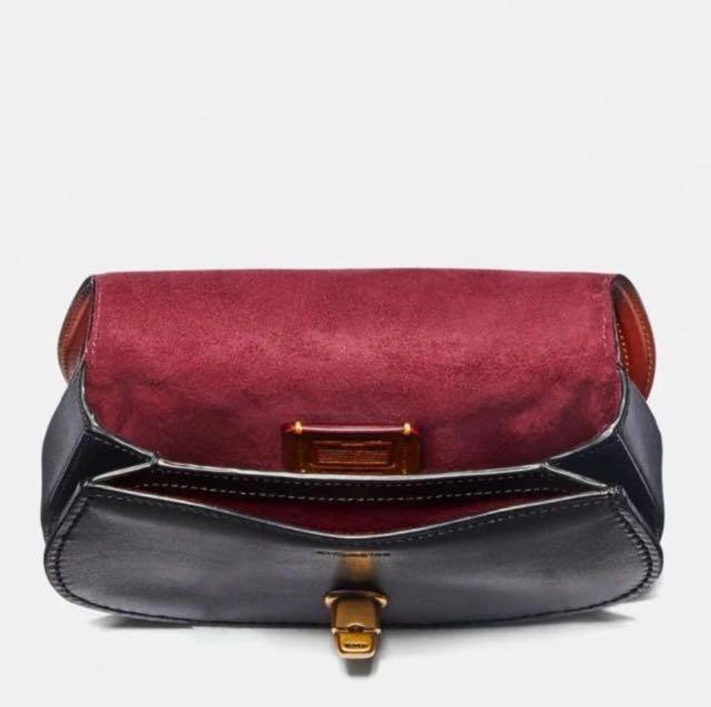 Coach saddle belt Bag in colourblock signature canvas