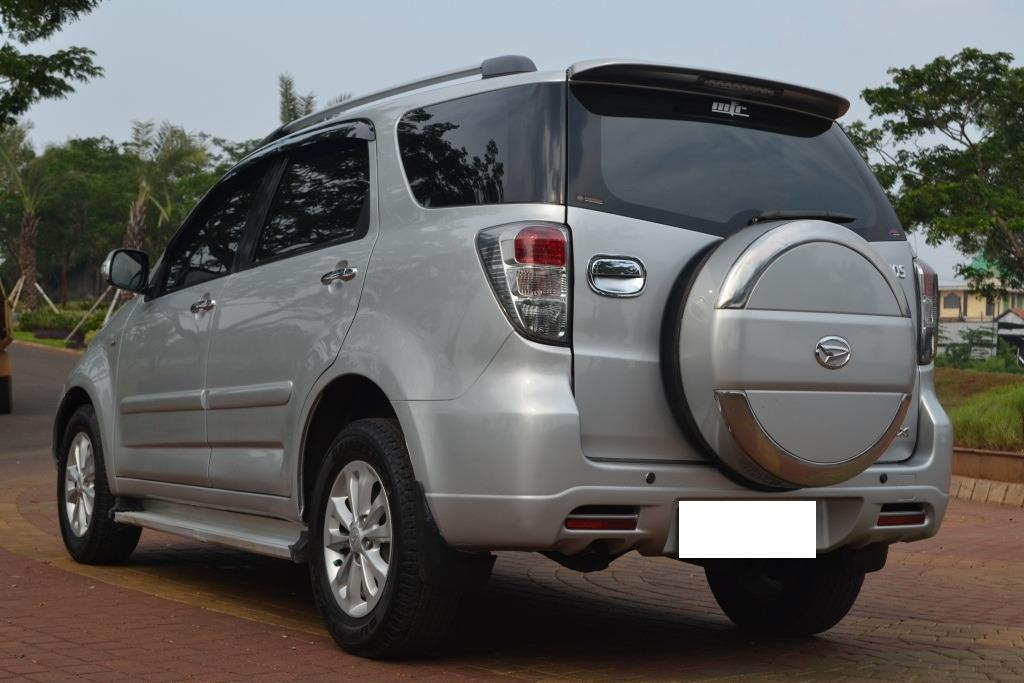 Daihatsu Terios TX Manual 2013 Silver Istimewa Tdp 5 Juta