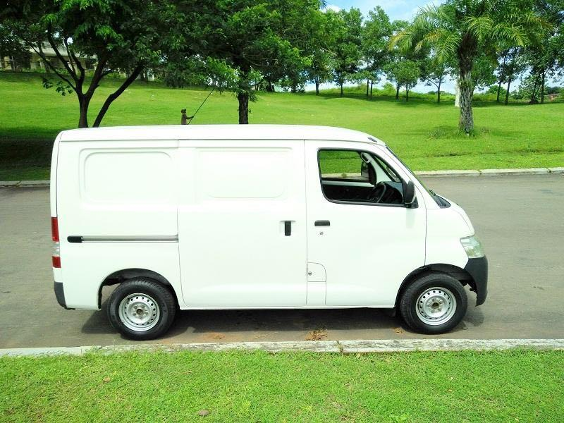 DP MURAH Daihatsu Granmax Minibus mulai 12 jutaan. Daihatsu Pamulang