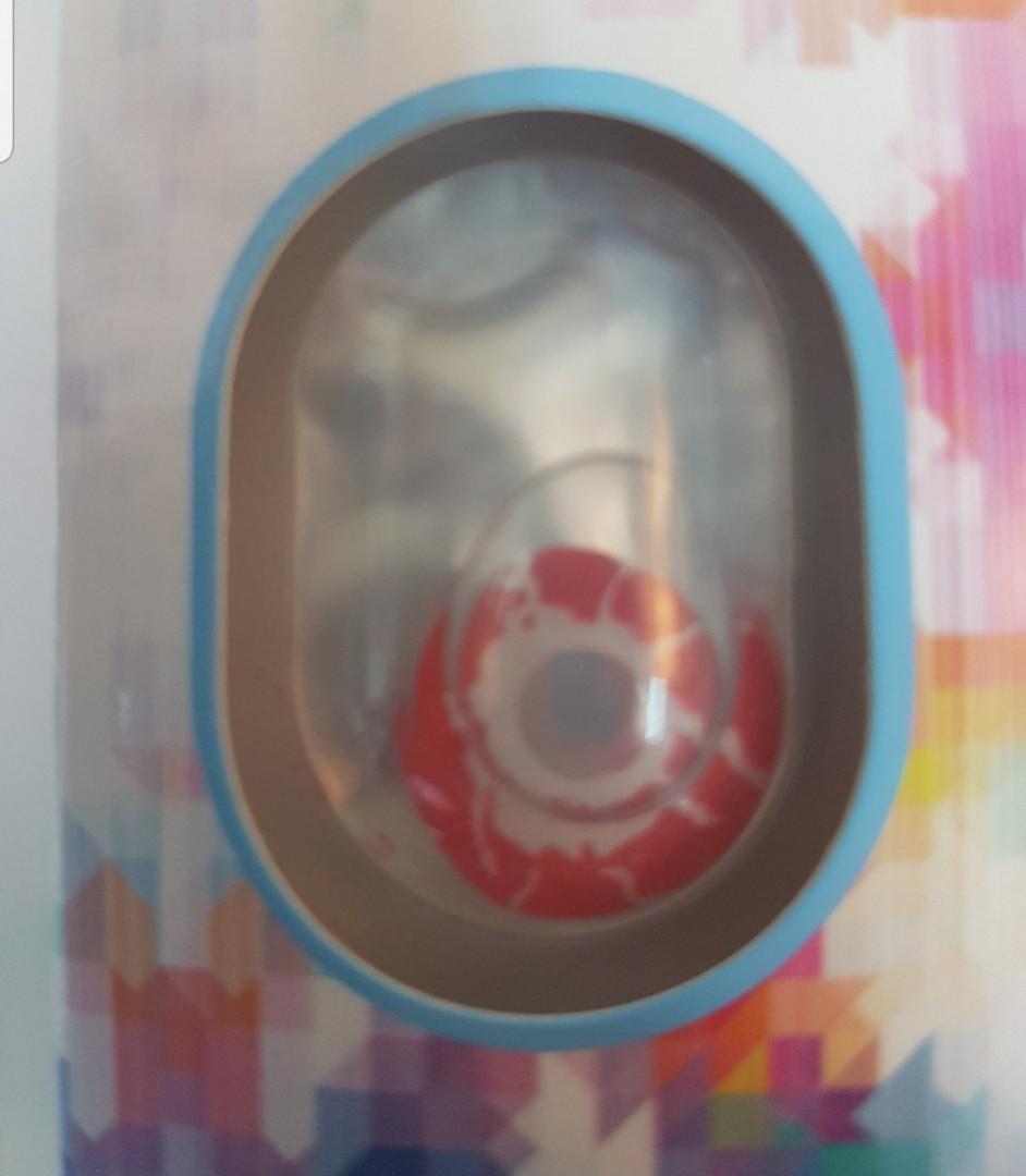 blood splatter contact lens
