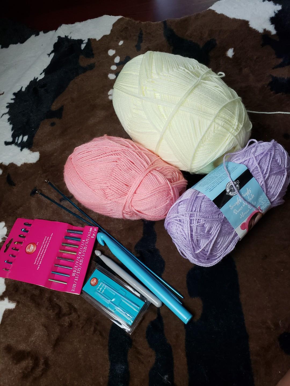 Knitting and crochet kit